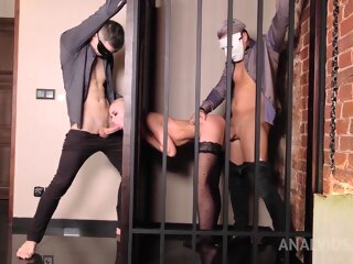 Blonde Waft Lara Gets Dp Service Alien Two Studs !! anal blonde