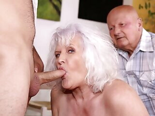MATURE4K. Hey, waiter! A coffee for me and a firm cock blowjob mature
